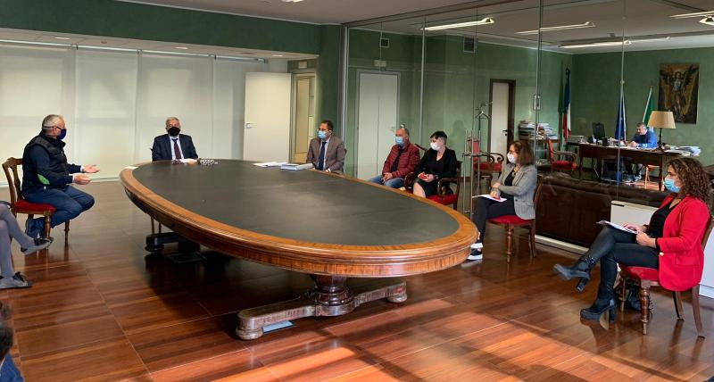 La giunta Manna ai commissari Cotticelli e Bettelini_ _conferire in ordine alla situazione sanitaria attuale. Ad oggi si registra solo incapacità nel gestire emergenza_