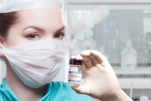 Vaccini anti-covid, intensificate le somministrazioni per i soggetti a rischio