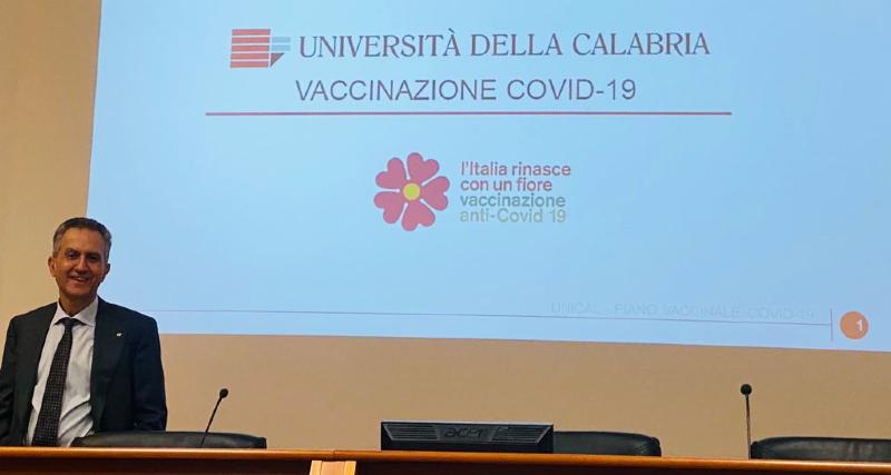 Emergenza Covid19_ l'Unical si offre per vaccinare docenti e personale