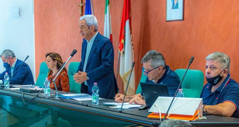 Assemblea dei sindaci ATO Cosenza, il presidente Marcello Manna